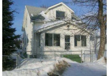 1009 Aberdeen Avenue, North End, Winnipeg