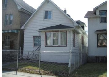 366 Beverley Street, West End, Winnipeg