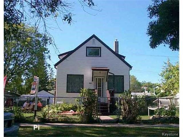 863 Hector Avenue, Crescentwood, Winnipeg