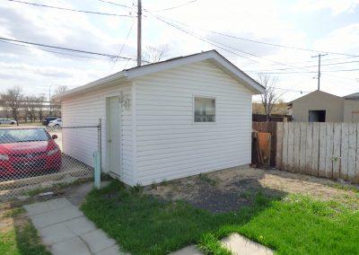 114 Melrose Ave W