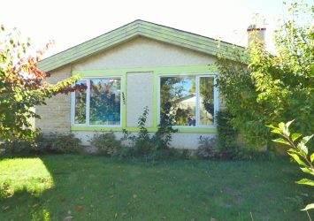 152 Mandalay Drive, Maples, Winnipeg