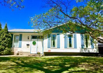 35 Purdue Bay, Fort Richmond, Winnipeg