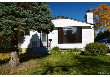 44 Jupiter Bay, Fort Garry, Winnipeg
