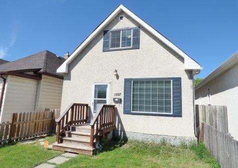 1507 Elgin Avenue W, Weston, Winnipeg, MB