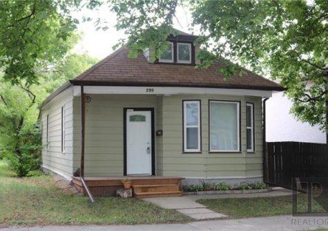 299 Brooklyn Street, St James, Winnipeg, MB