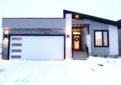 22 West Plains Drive, Winnipeg, MB