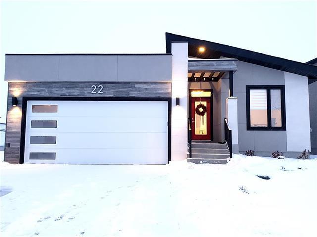 22 West Plains Drive, Winnipeg, MB