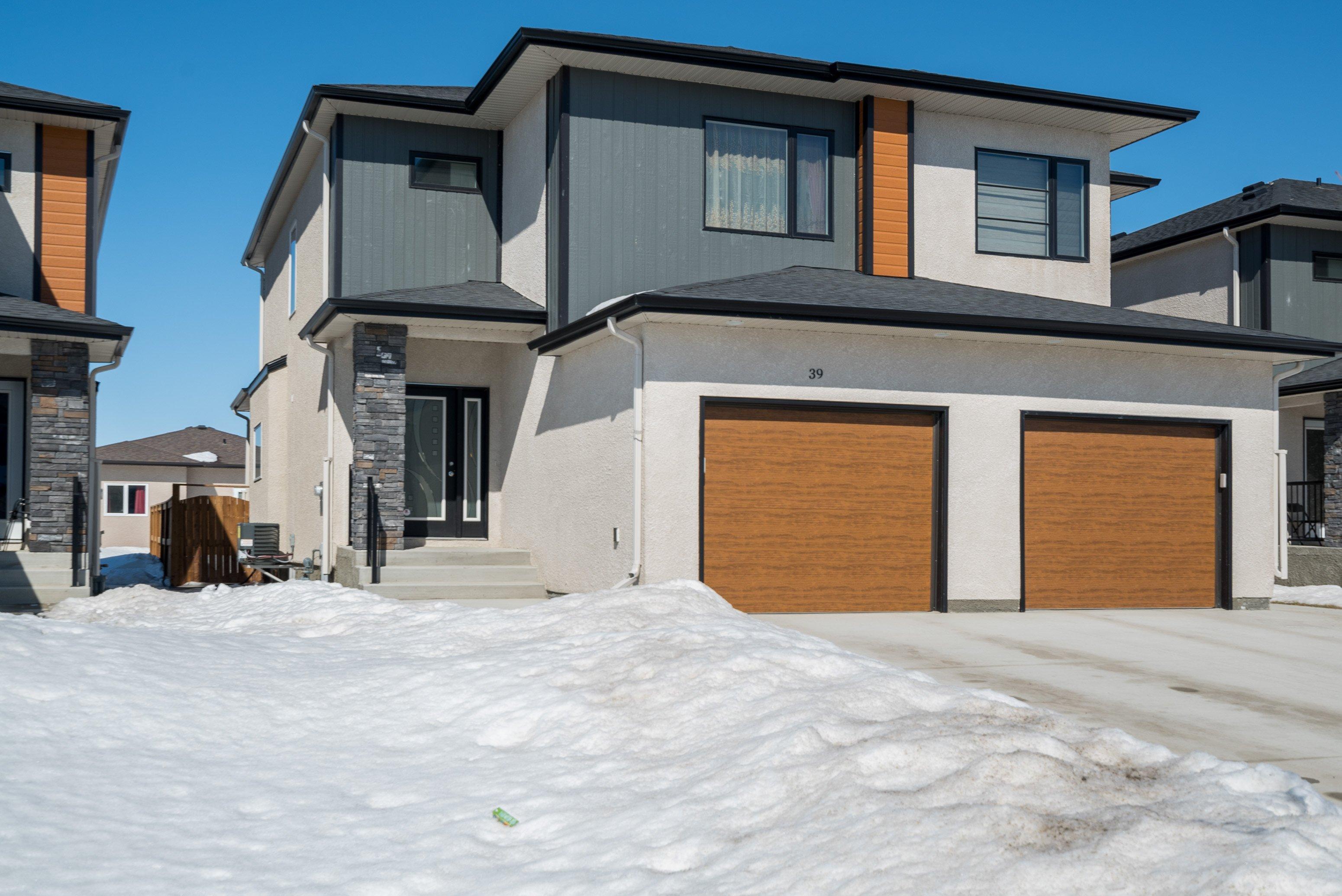 39 Lark Ridge Way, Winnipeg, MB