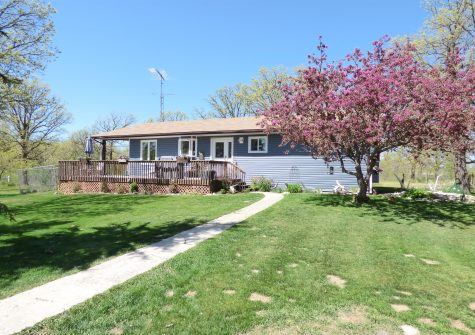 118056 35 West Road , Lundar, MB
