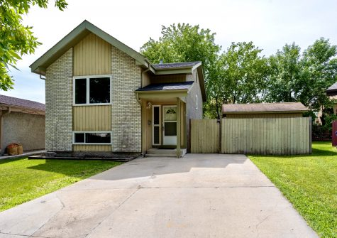 30 Tranquil Bay, Richmond West, Winnipeg, MB