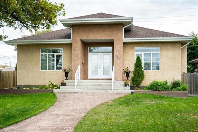 796 Lindsay Street, River Heights, Winnipeg, MB